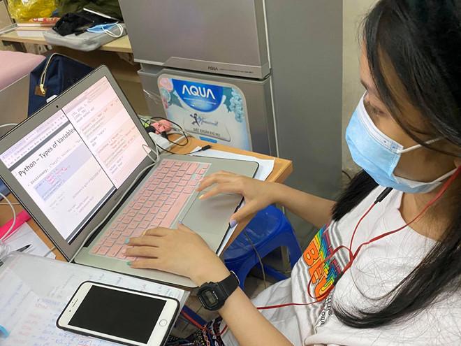 Giảng viên truyền 'bí kíp' cho sinh viên học trực tuyến hiệu quả ...